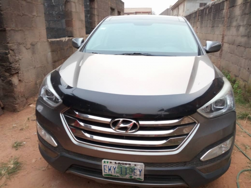 Hyundai Santa Fe 2014 Model Registered For Sale (Call OR Whatsapp - 08171920283)
